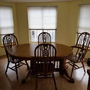 "Dining room pedestal table, 4 chairs and extra leaf 29 x 64 x 42 (leaf additional 24"")"
