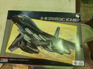B-1B Strategic Bomber Model Plane
