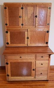 Light Oak Kitchen Hoosier Cabinet on Casters~ 41 x 28 x 71 in. (38 in. with Counter top out) ~ refinished ~ some hardware broken