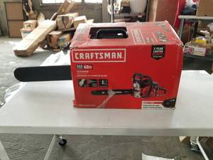 Craftsman 18-in 42cc 2-cycle Gas Chainsaw 18in 42cc Bar Performance Chainsaw Has Compression