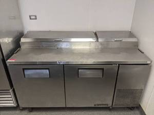 True Refrigerator Stainless Steel Refrigerated Prep Table TPP-67