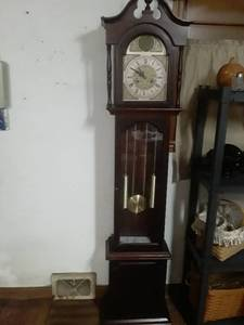 Tempus Fugit Grandfather clock. Has a box with extra weights  75 x 17.5 x 11