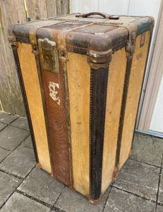 Vintage WHEARY Wardrobe Pillowtop Travel Trunk - w/ Key! From early 1900s Just Gorgeous! Steamer Trunk