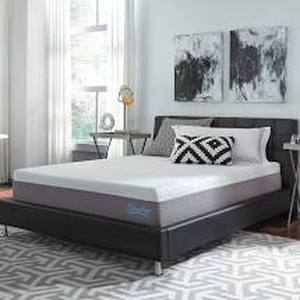 QUEEN SIZE Slumber Solutions 12-inch Gel Memory Foam Choose Your Comfort Mattress- Retail:$422.99
