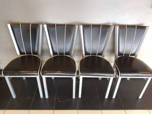 Lot of 4 Restaurant Chairs (Black and White)